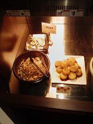 ◎崩壊前の「15分375円飲み食い放題システム」の食い部分。_c0061686_0444547.jpg