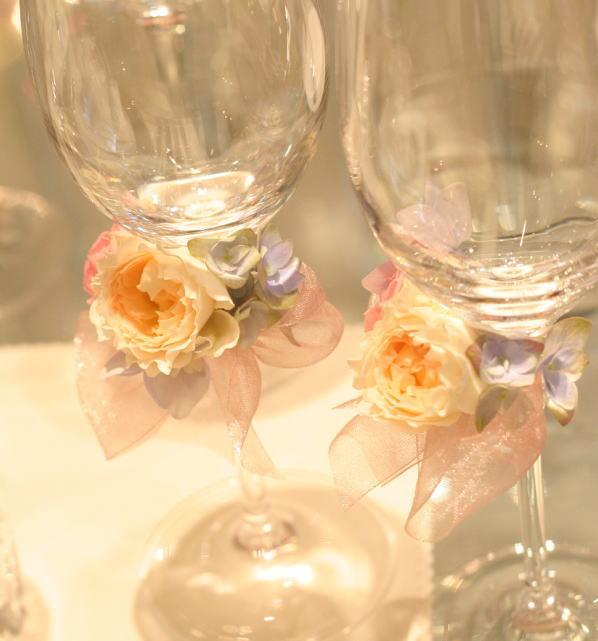 シャンパングラスと5月の装花 おまかせで  _a0042928_1943725.jpg