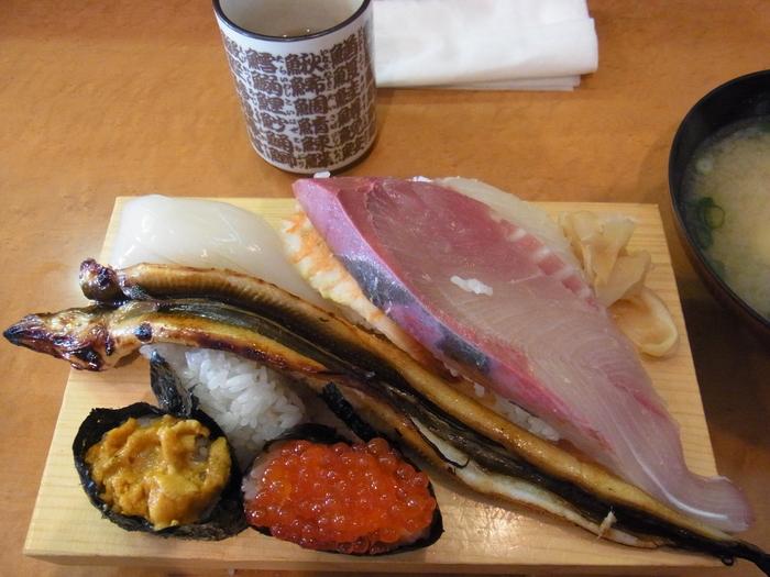 山口食い倒れの旅~岩国のお寿司~_b0206085_96082.jpg