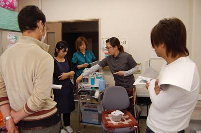 看護師による口腔吸引研修を実施。_a0154110_1132832.jpg