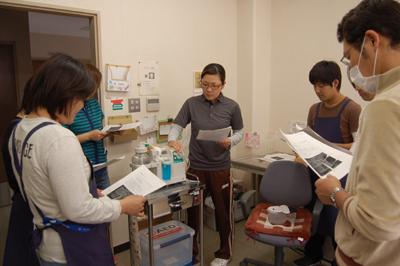 看護師による口腔吸引研修を実施。_a0154110_113523.jpg