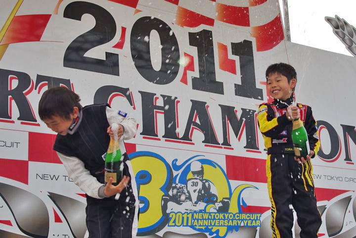ジュニアカートFes『コマー60』表彰式&レース【2011.5.5】_c0224820_17593830.jpg