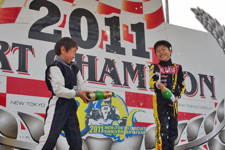 ジュニアカートFes『コマー60』表彰式&レース【2011.5.5】_c0224820_17594999.jpg