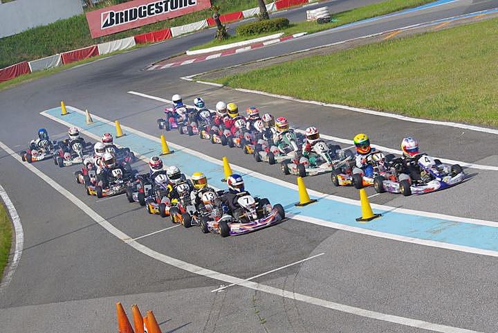 ジュニアカートFes『ジュニアカデット』表彰式&レース【2011.5.5】_c0224820_18151975.jpg
