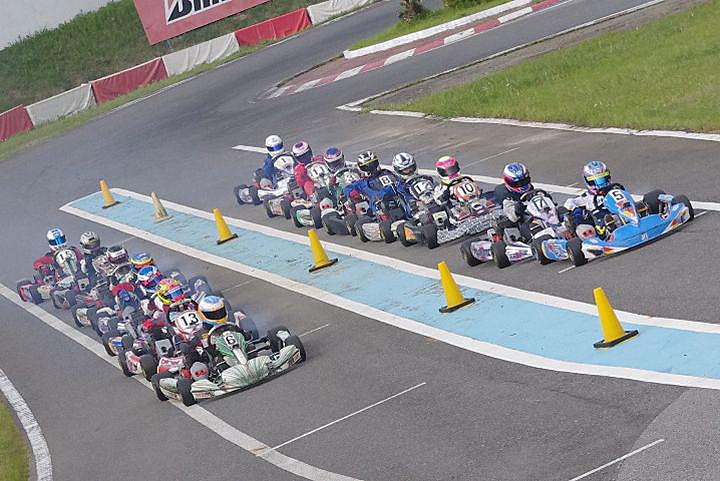 ジュニアカートFes『Sクラス』表彰式&レース【2011.5.5】_c0224820_18263838.jpg