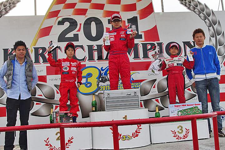 ジュニアカートFes『BSシリーズ』表彰式&レース【2011.5.5】_c0224820_21324295.jpg