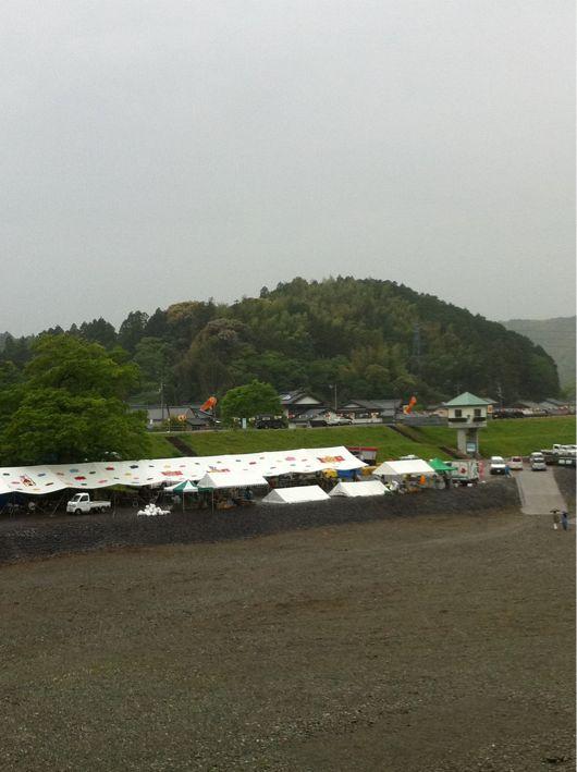 水の中で泳ぐ鯉のぼり (高知県いの町にて)_b0210827_2151021.jpg
