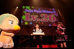 中川翔子、26歳のバースデーライブを開催!「優しさと強さと色気をもったロックな女になる!」_e0025035_2444397.jpg