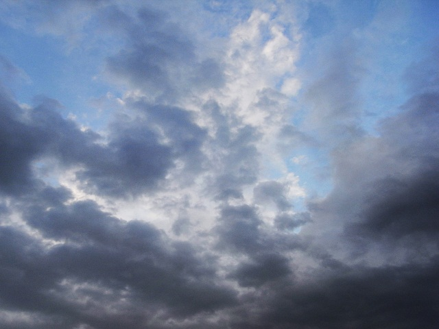 ある日の空_d0105967_1953373.jpg