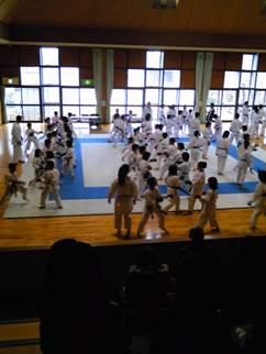 東海地区空手道強化選手選考会_d0010630_2215248.jpg