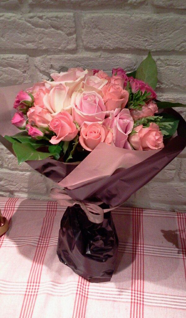 お花レッスンと毎月のお花たち_f0031554_20262596.jpg