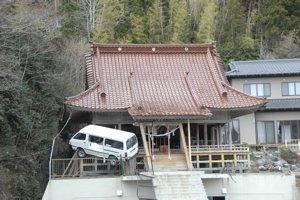 2回目の被災地訪問 ⑥ 物資を届ける_f0088456_2574623.jpg