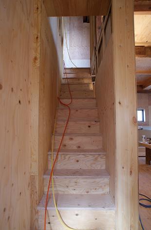 階段付きました!_f0115152_16592968.jpg