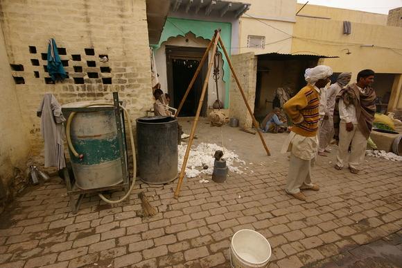 インド滞在記2011 その6: India 2011 Part6_a0186568_144312.jpg