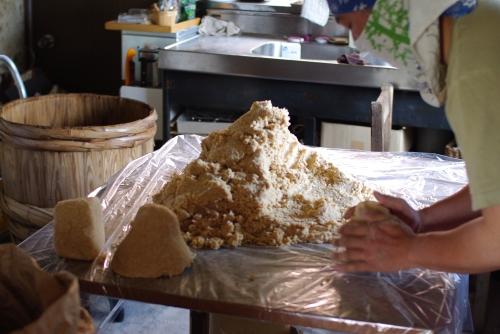 味噌作り2011 ~味噌を仕込む~_c0110869_2175020.jpg