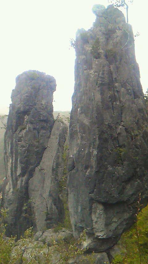 そびえる岩_d0193277_125847.jpg