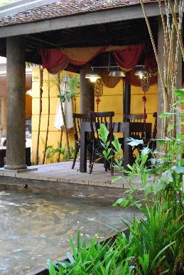 ベトナム旅行記~ホーチミン到着後初の朝食~_a0175348_14312478.jpg