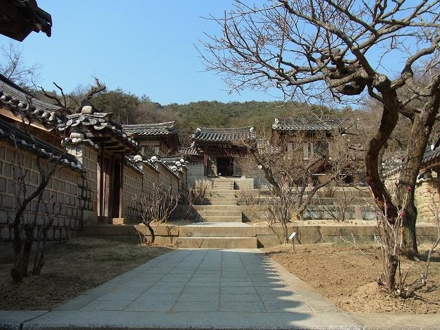 韓国の学問所 陶山書院_d0116009_3474743.jpg