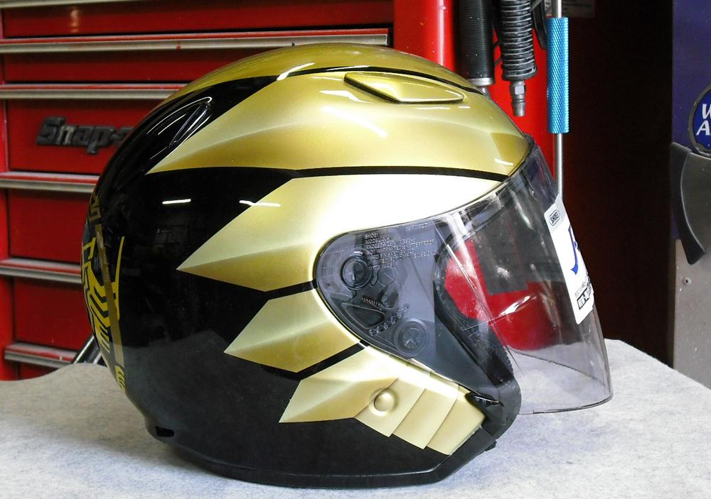 無地のヘルメットがラトラーターコンボにチェンジした。_d0130115_20541453.jpg