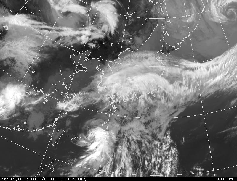 The 1st Typhoon in 2011: 台風1号_a0186568_2184288.jpg