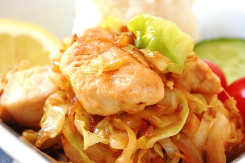 鶏とキャベツのナンプラー炒め_d0104926_535529.jpg