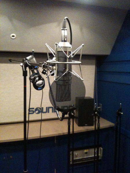 今日はスタジオで・・・_e0048332_023085.jpg