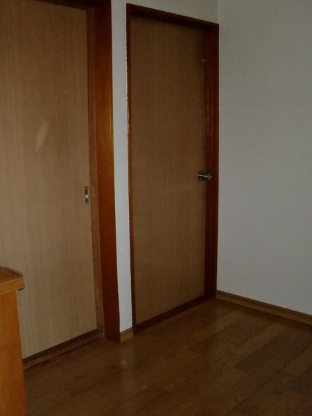 廊下のフローリング工事 ~ リビングドアの取替え。_d0165368_722098.jpg
