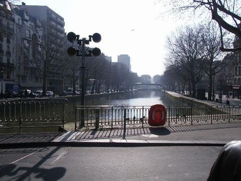 The way to VIVEKA_c0176078_1791076.jpg
