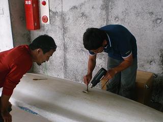 カヌーの修理_f0121321_13255382.jpg