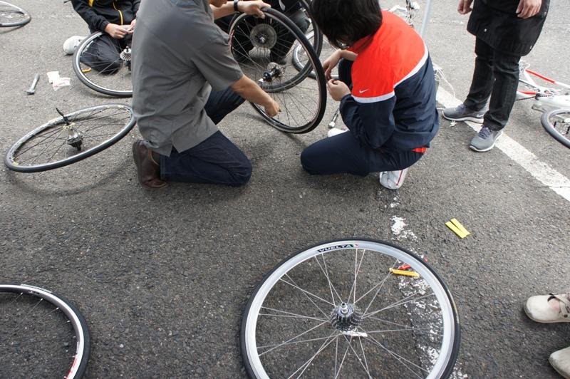 11年5月14日・自転車パンク修理講座受講_c0129671_17562175.jpg