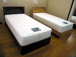 ベッド②_d0156886_1493116.jpg