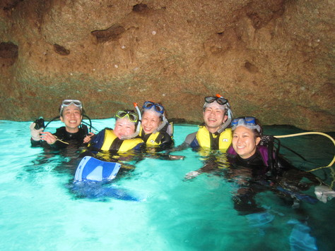 5月15日曇ってても青の洞窟はGooo!_c0070933_1728082.jpg