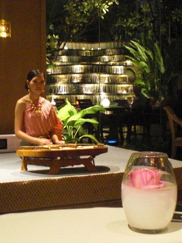 75hours in Bangkok(7)Benjarongでディナー_c0013687_15263159.jpg