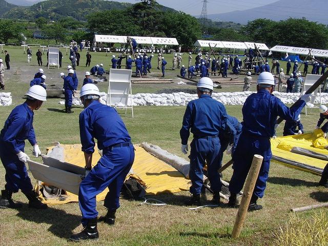 水防訓練と津波対策は別物_f0141310_549756.jpg