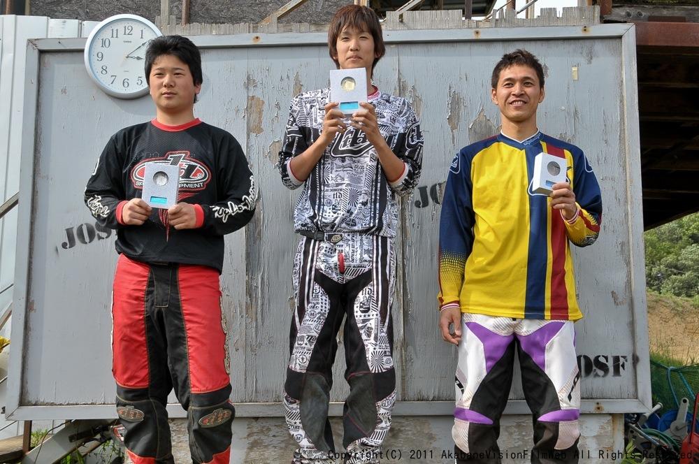 2011JOSF緑山5月定期戦VOL5:MTBエキスパート決勝 動画アリ_b0065730_9125951.jpg