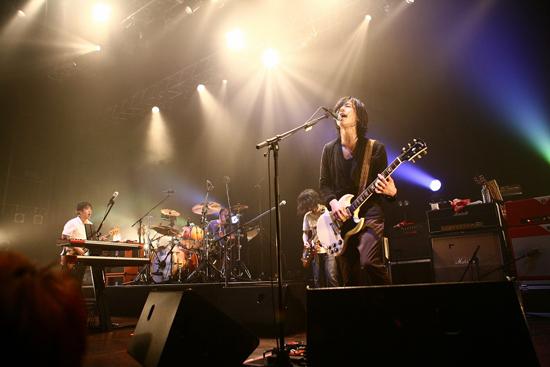 ストレイテナー、2011年第3弾音源は両A面サイドシングルに決定_e0197970_12483584.jpg