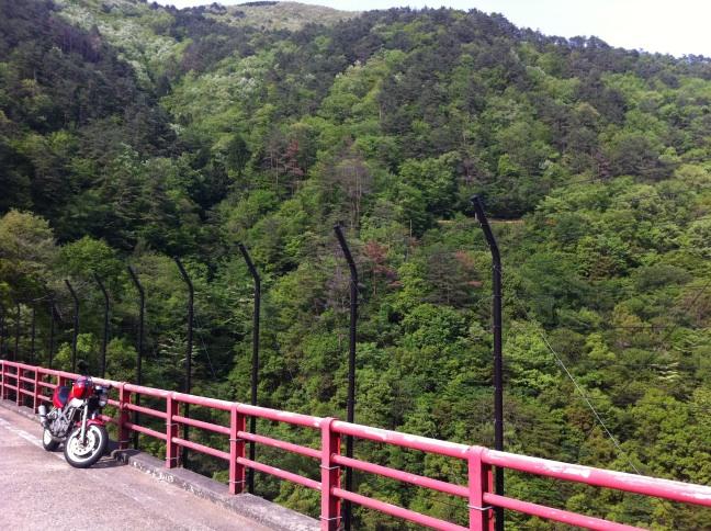 ●錦川清流線をソロツーリングと車窓の旅_a0033733_1814371.jpg