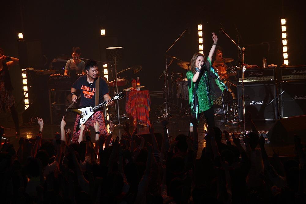 Do As Infinity、新曲は「戦国BASARA」との超強力コラボレーション!!_e0025035_923312.jpg