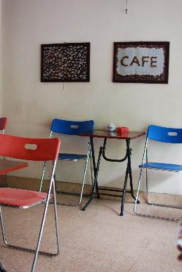 ベトナム旅行記~ハノイのカフェ&日本の焼肉やさん~_a0175348_1832506.jpg