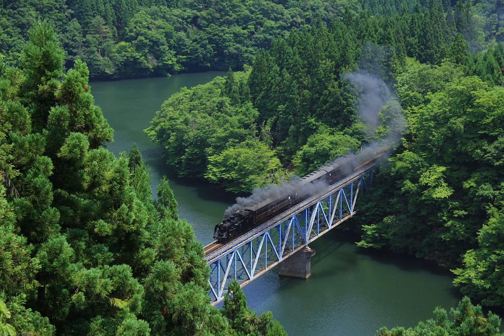 初夏の三島谷 - 2008年夏・只見 -_b0190710_133529.jpg
