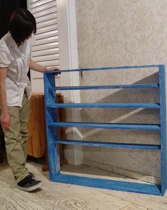 青いペンキの棚・完成!!_a0096367_21512563.jpg