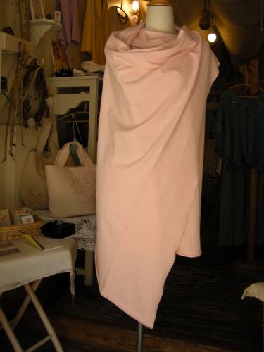 1枚の布ですが・・・_f0203844_203745.jpg
