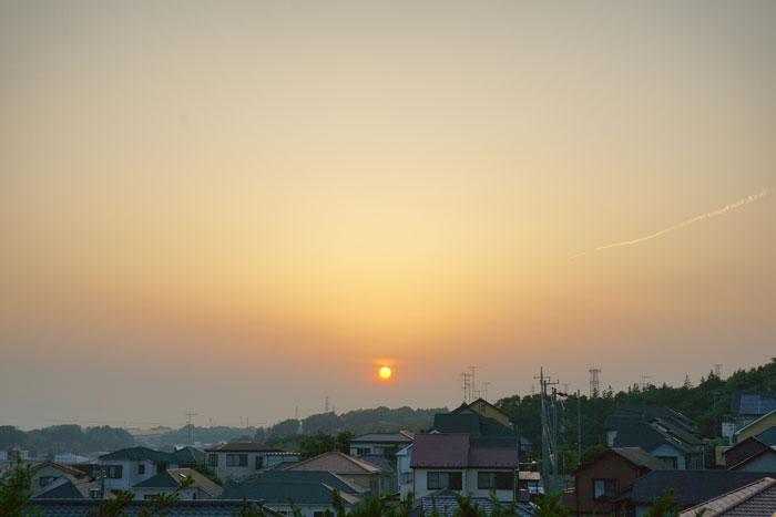 真夏日近く 夕_e0077521_2236676.jpg