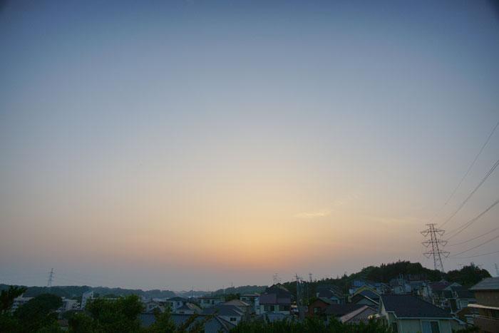 真夏日近く 夕_e0077521_2238550.jpg
