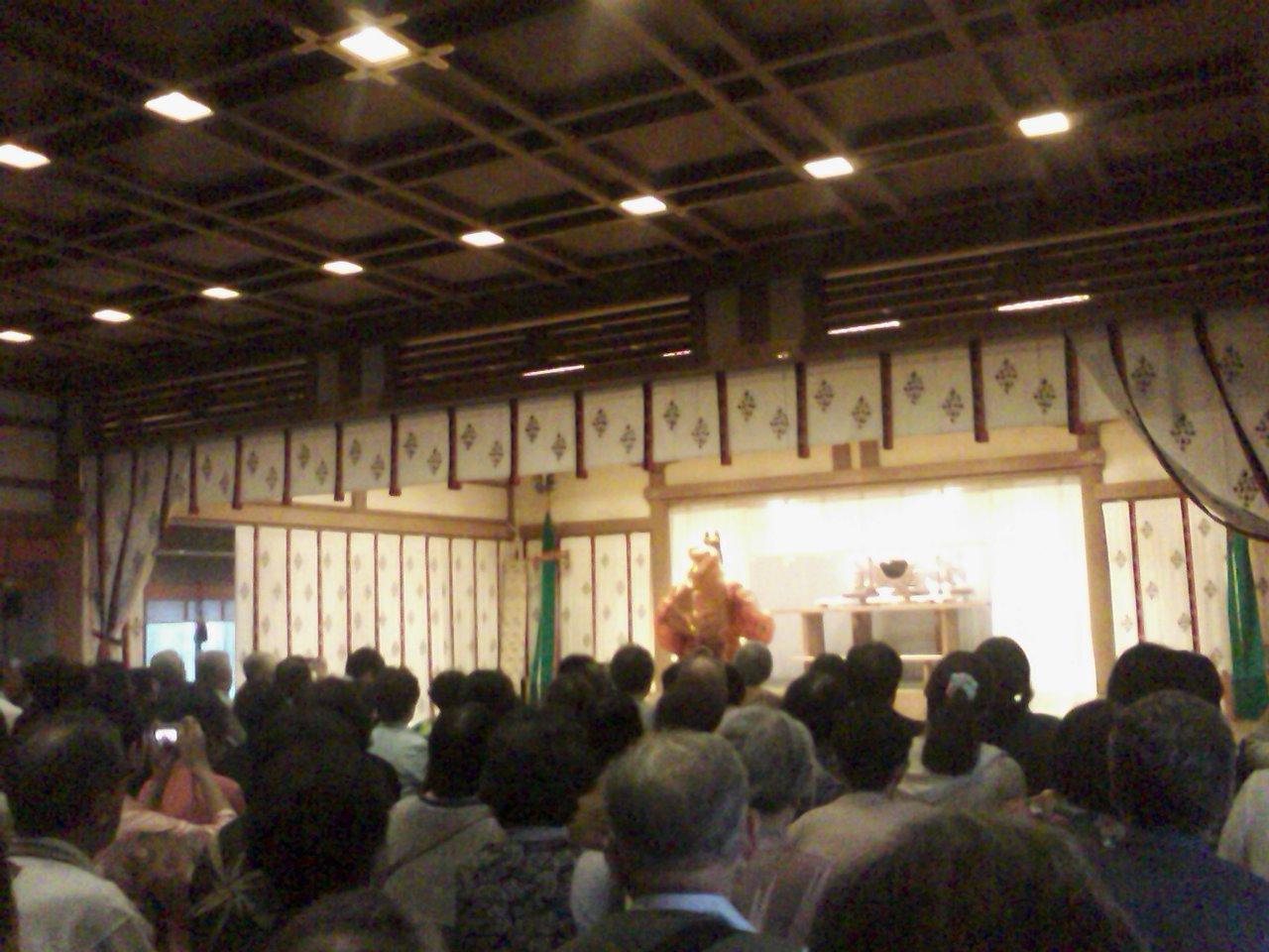 住吉さん舞楽、阿部野神社薪能_a0088827_2054714.jpg