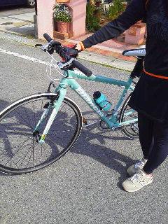 初心者自転車教室開催!生徒は美女と中学生_c0214359_23234713.jpg
