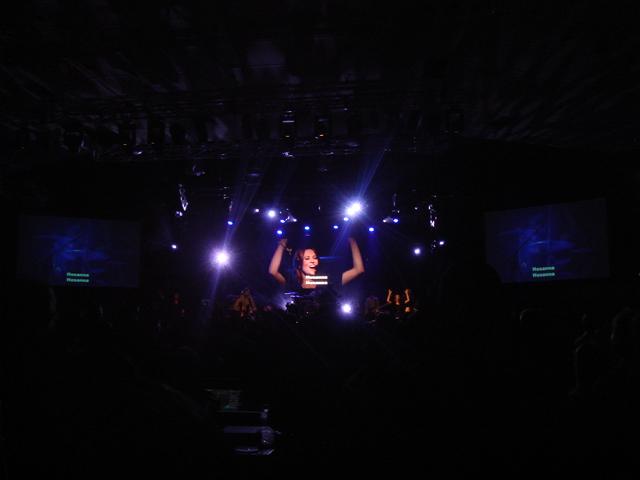 Hillsong concert_f0234165_11373142.jpg