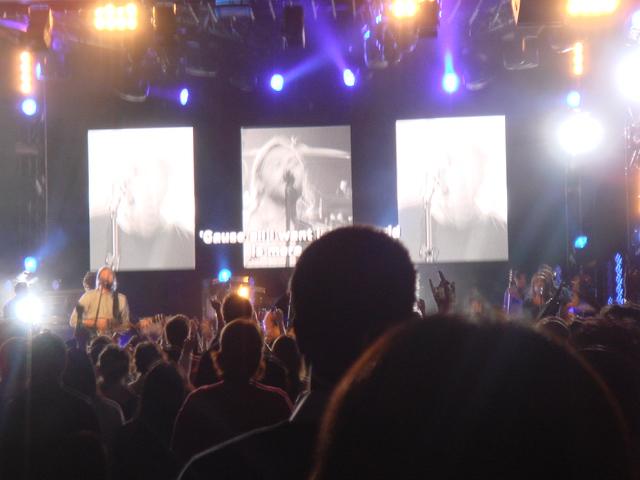 Hillsong concert_f0234165_11375760.jpg