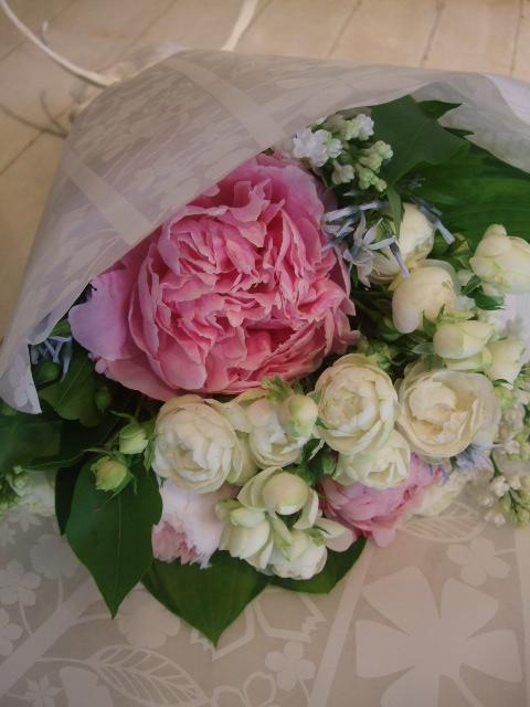 オークリーフ花の教室(落合さんの作品)_f0049672_1885866.jpg