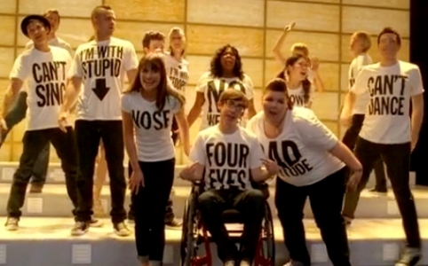 """『Glee』シーズン2・18話、ありのままの自分で・・レディ・ガガ来たっ~!""""Born this way""""_a0107674_1620499.jpg"""